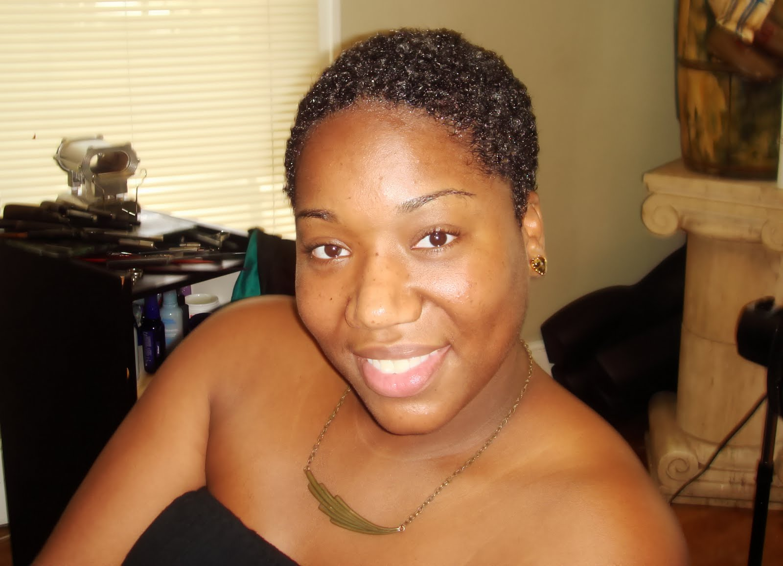 Alexandra, the 'Youtube Makeup Guru' - A Story of Transition