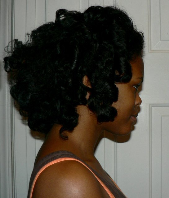 CurlyNikki Doing the 'HeatherNicole' Curly Fro