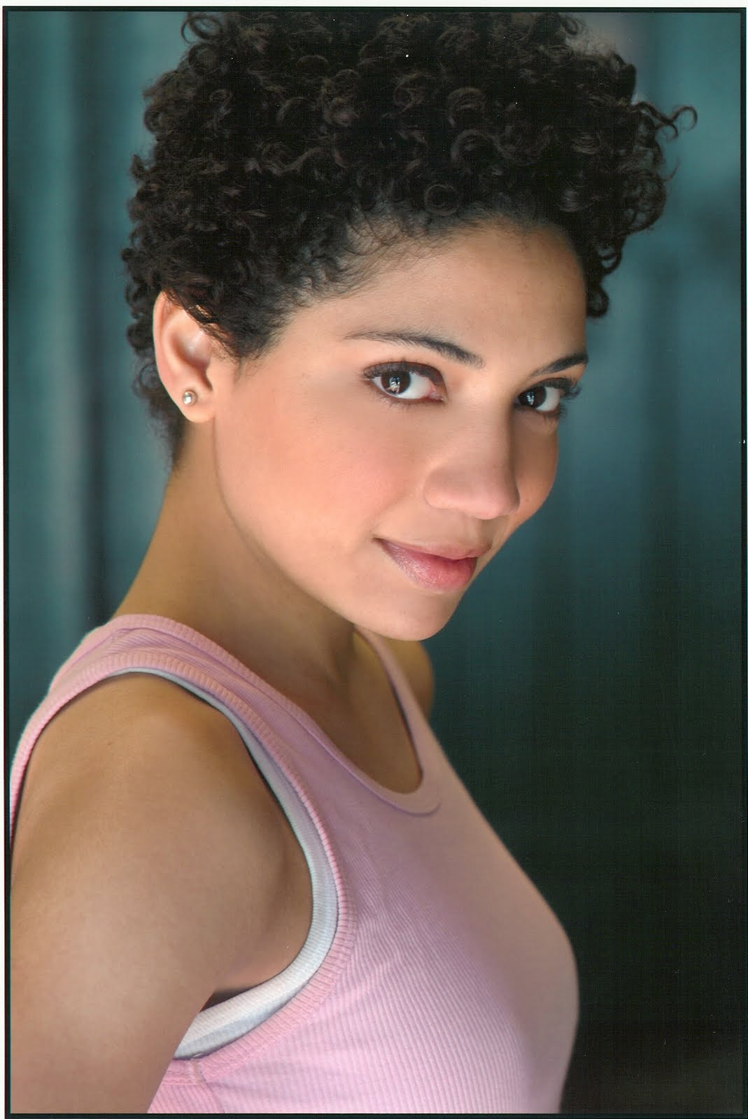 CurlyNikki Interviews Jasika Nicole About Her Curly Hair!