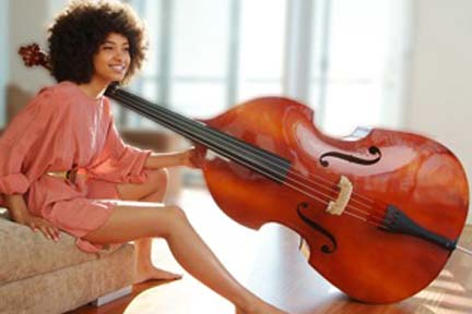 On the Couch With Esperanza Spalding!