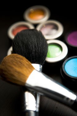 Clean Makeup Brushes=Clear Skin!