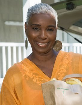Transitioning to Natural Hair While Going Gray