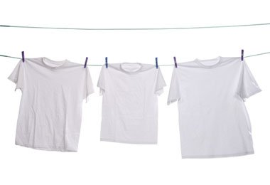 Use and Old T-shirt to Dry Natural Hair