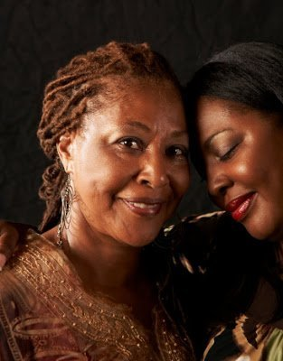 4 Ways to Bond With the Women in Your Life