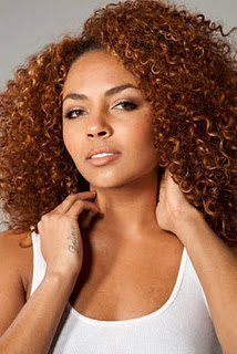 Beyonce Dancer Ashley Everett 'On The Couch'!