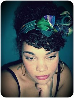 Tutorial of the Retro French Twist with Headband