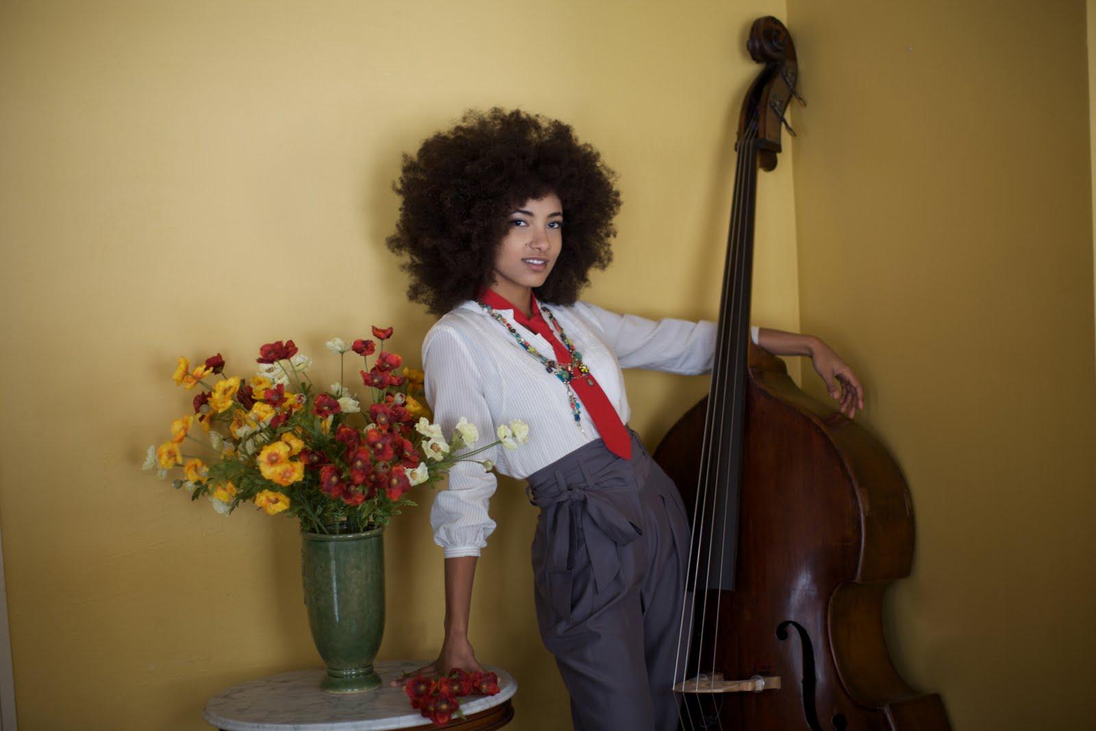 Esperanza Talks Natural Hair!- Exclusive