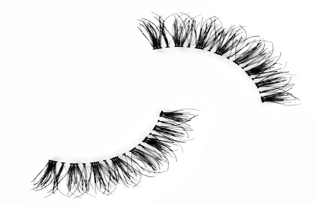 How to Apply Strip Eye Lashes