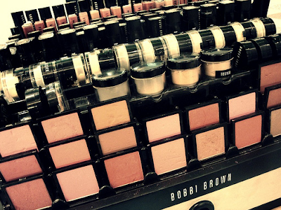 4 Ways To Test Your Makeup Safely