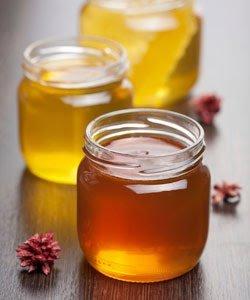 Manuka Honey: Benefits for Natural Hair & Skin