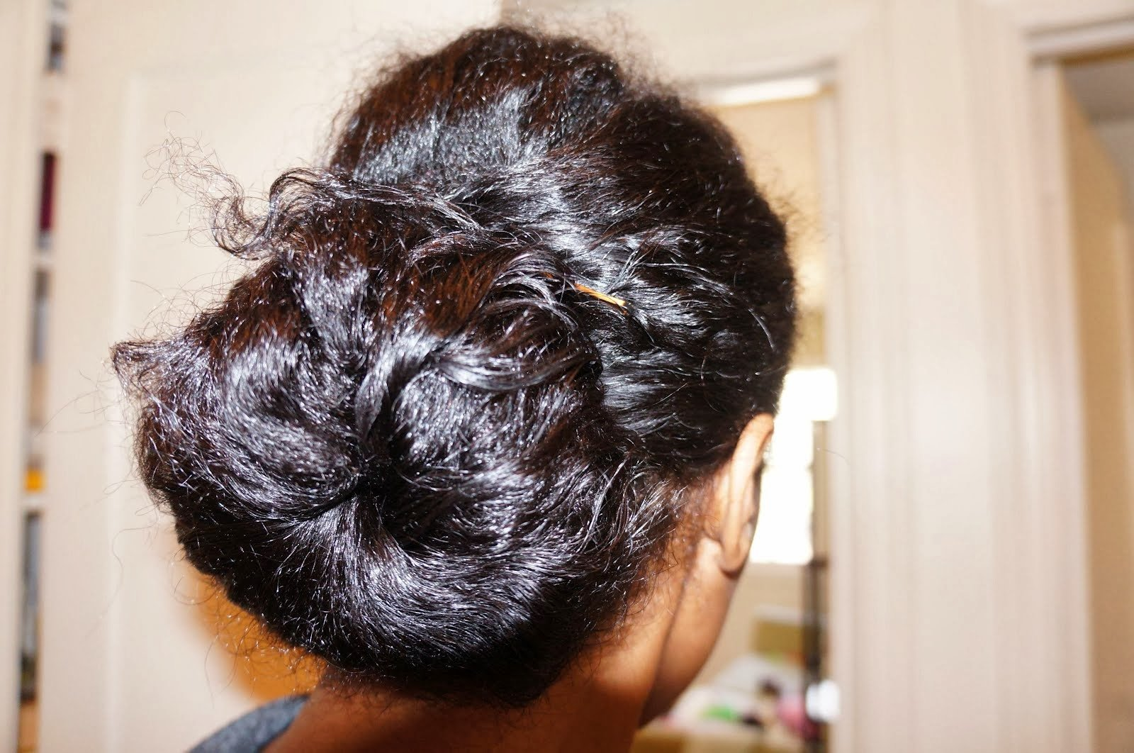 Frizzy Natural Hair?- 6 Prevention Tips