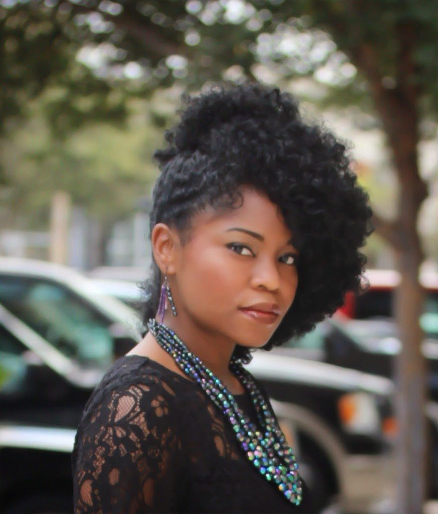 """Mimi Irvin- """"I believe my natural hair is like icing on the cake to my style"""""""