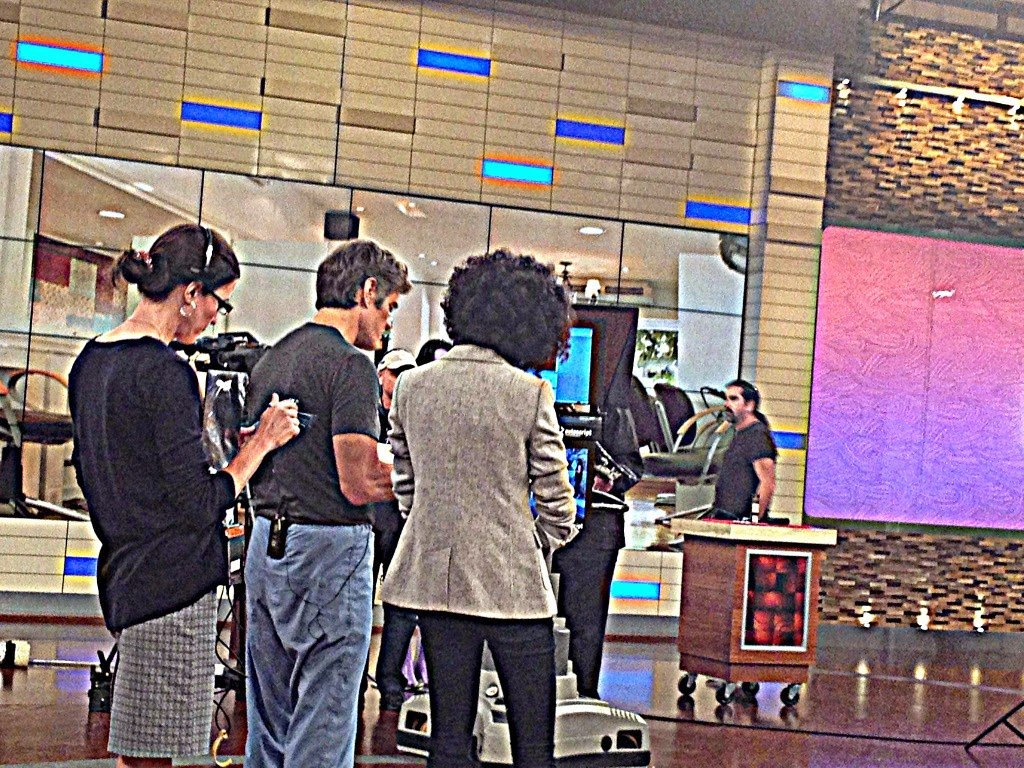 Tune in TODAY to Watch CurlyNikki on Dr. Oz