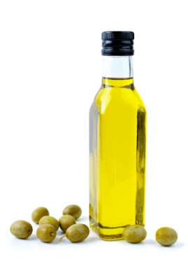 4 Super Easy Ways to Use Olive Oil for Natural Hair