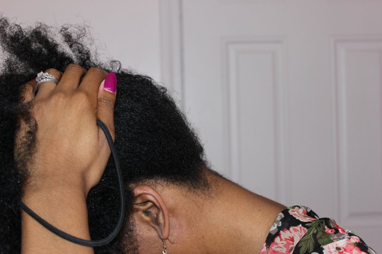 Caring for Natural Hair at Bedtime- The Pineapple