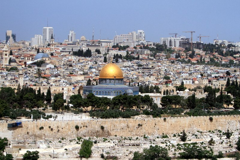 From Jerusalem to the West Bank: Humans Without Borders