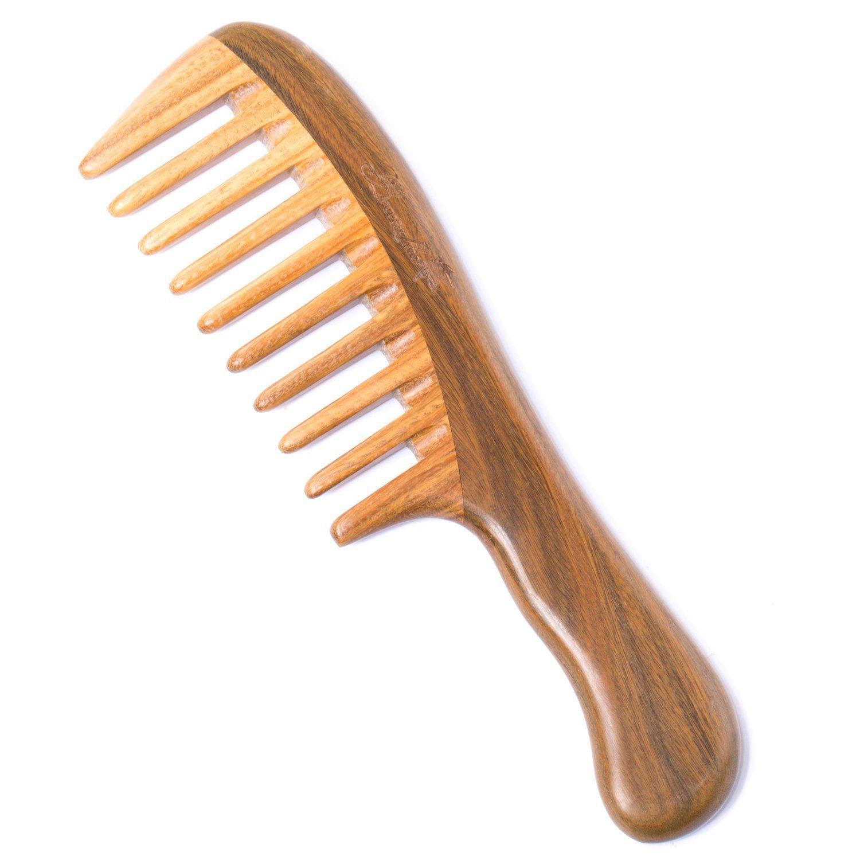 CurlyNikki's Favorite Detangling Tool