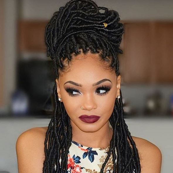 Top Tips for Losing Less Hair After a Protective Style