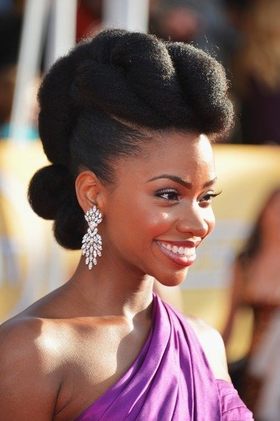 7 Natural Hair Style Tutorials for a Glam Valentine's Day!