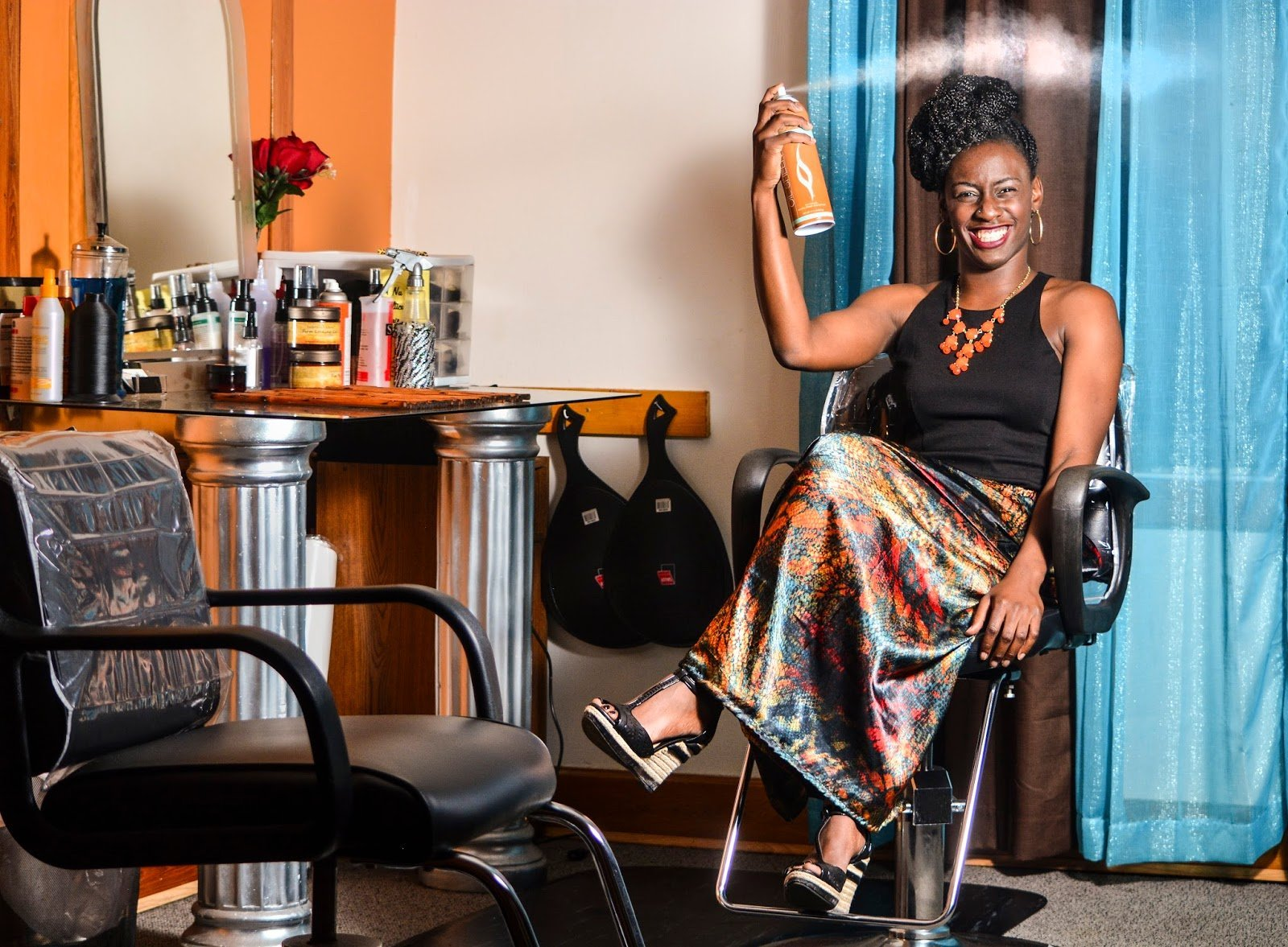 How to Choose a Natural Hair Salon: 5 Tips