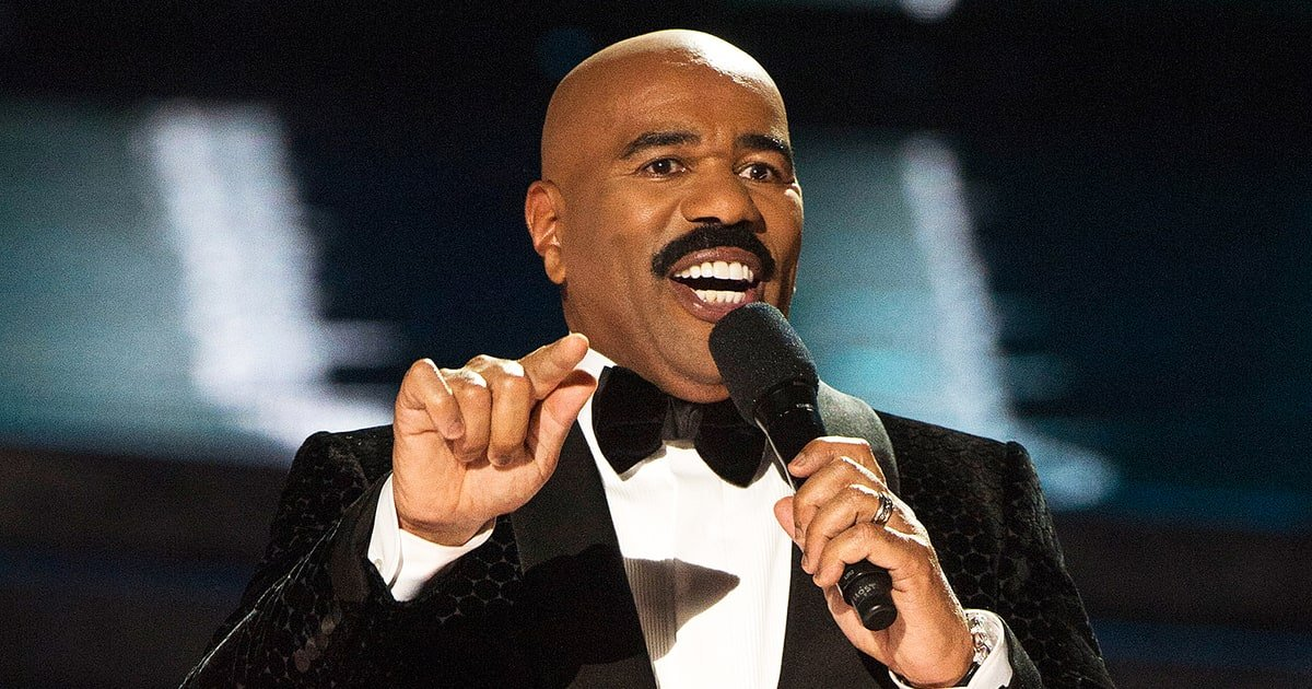 Steve Harvey Is Bringing Back 'Showtime At The Apollo'