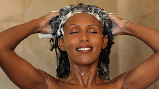 Why You Should Avoid Fragrances in Shampoo