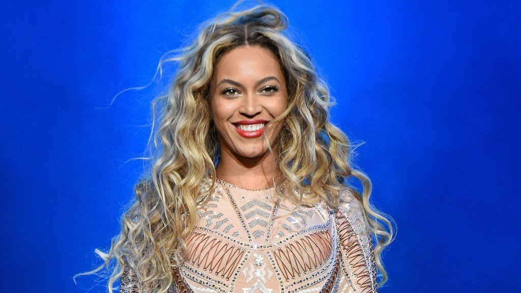 Beyonce Announces 'Formation' Scholarship For Women Pursuing Higher Education