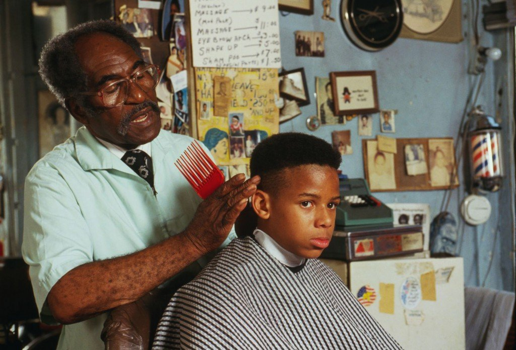 """Three Howard Grads Launch """"Haus Call,"""" The Uber for Haircuts"""