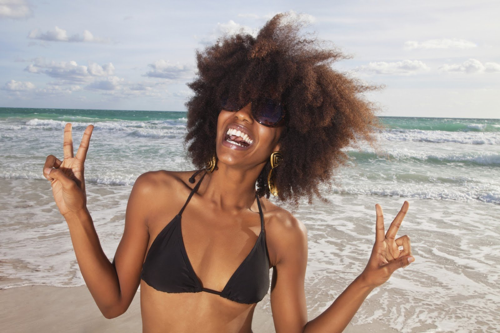 5 Ways To Protect Your Natural Hair at the Beach