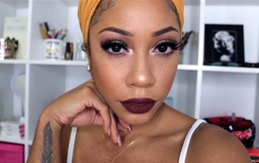 The Faux Freckles Beauty Trend