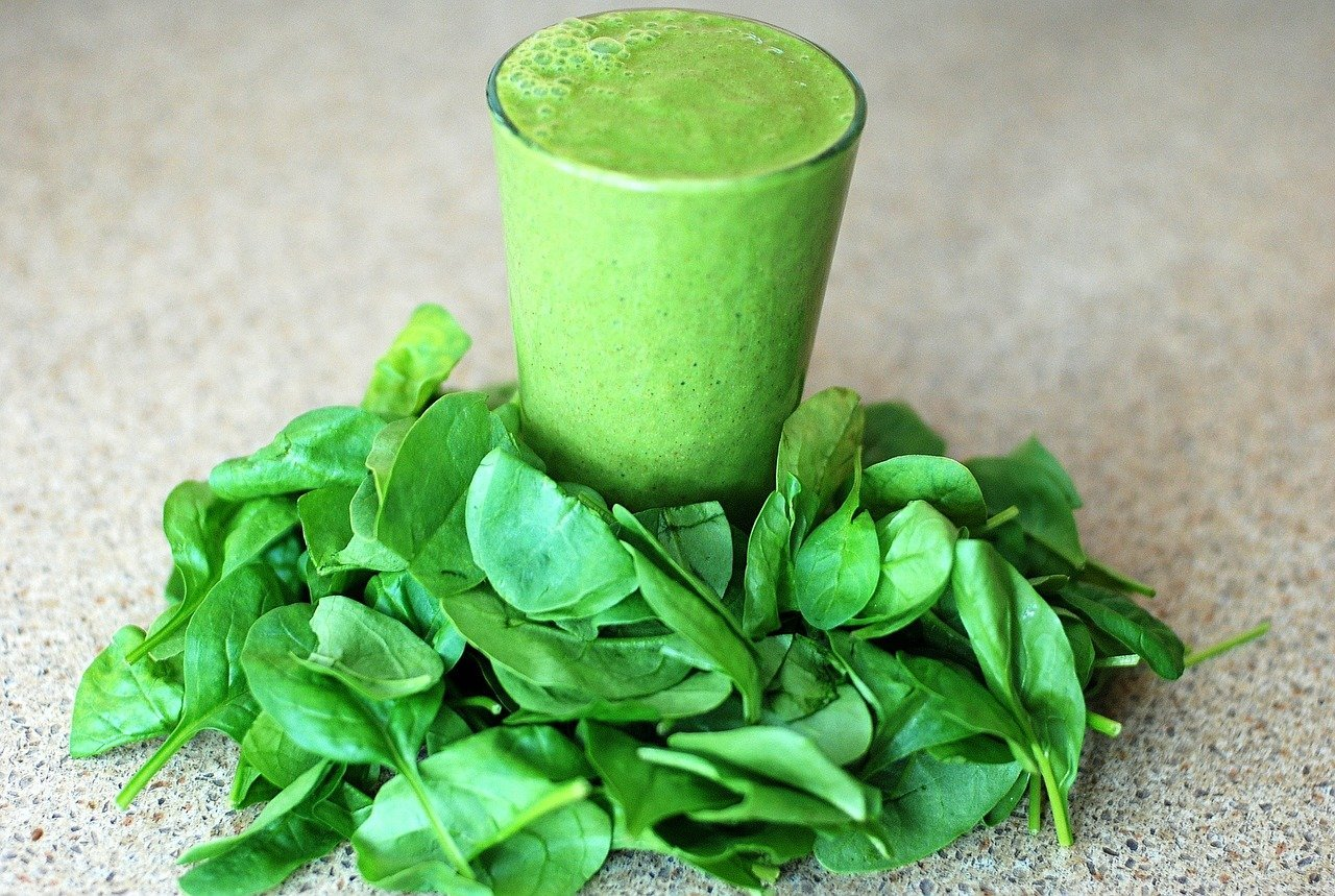 6 All-Day-Energy Smoothie Recipes to Help You Kick the Caffeine