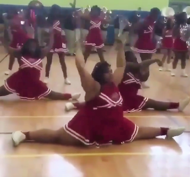 #BlackWomenArePoppin: Watching This Cheerleader Do the Splits is Like Ice Cream on a Hot Day