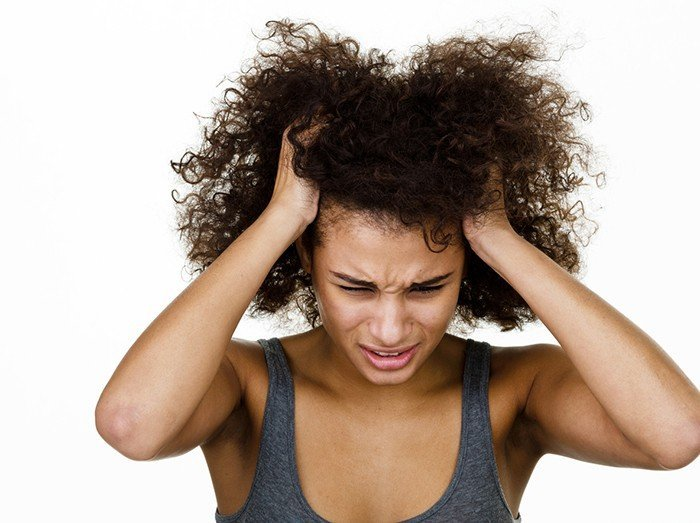 Top Ingredients to Fight an Itchy Scalp